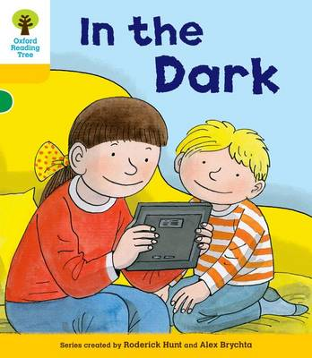 Oxford Reading Tree: Decode and Develop More A Level 5: In The Dark