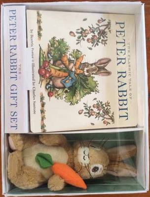 The Peter Rabbit Gift Set: Including a Board Book and Peter Rabbit Toy